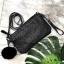 David Jones ตัวกระเป๋าสะพาย ปรับเก็บสายถือเป็น clutch bag คล้องข้อมือ thumbnail 2