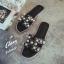 รองเท้าแตะไซส์ใหญ่ ไซส์ 42 ดีไซน์ H ประดับไข่มุกสุดหรู นำเข้าเกาหลี หนังแท้ สีดำ รุ่น KR0588 thumbnail 3