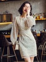 พร้อมส่ง - ชุดเดรสเกาหลี งาน Premium Quality ค่ะ งานผ้าเนื้อสวย ปักลายอย่างดี ช่วงแขนแต่งระบายชั้นๆ