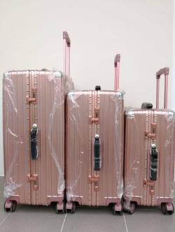 กระเป๋าเดินทาง 28 นิ้ว ขอบมิเนียม
