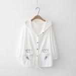 เสื้อคลุม/แจ็คเก็ตฮู้ดขาว ปักลาย