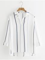 เสื้อเชิ้ตคอวีลายทาง (มีให้เลือก 2 สี)