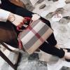 กระเป๋าแฟชั่นนำเข้า Style Burberry SZC-0001-RED (สีแดง)