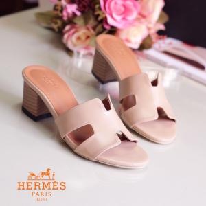 พร้อมส่ง รองเท้าส้นตัน สไตล์สวมลำลอง H22-01B3-CREAM [สีครีม]