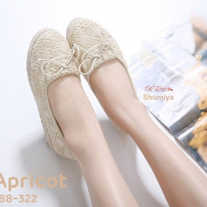 พร้อมส่ง รองเท้าผ้าใบส้นขนมปังสีครีม ผ้าลูกไม้ style VALENTINO แฟชั่นเกาหลี [สีครีม ]