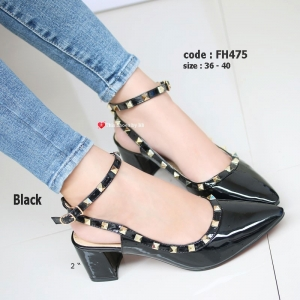 รองเท้าส้นตันรัดส้น หัวแหลม Chunky Style valentino [สีดำ ]