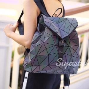 กระเป๋าเป้ผู้หญิง กระเป๋าสะพายหลังแฟชั่น เป้เพชรรุ้ง [สีรุ้ง]