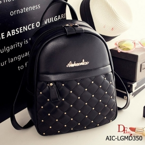 กระเป๋าเป้ผู้หญิง กระเป๋าสะพายข้างแฟชั่น แบรนด์ AICHAONIAO ของแท้ 100% [สีดำ ]