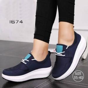 พร้อมส่ง รองเท้าผ้าใบเสริมส้นสีน้ำเงิน ผ้าทอยืด ดีไซน์แนว sport แฟชั่นเกาหลี [สีน้ำเงิน ]