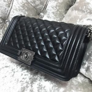 กระเป๋าสะพายแฟชั่น กระเปาสะพายข้างผู้หญิง Chanel Classic'10 Logo [สีดำ ]