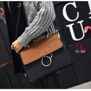 กระเป๋าสะพายแฟชั่น กระเป๋าสะพายข้างผู้หญิง วัสดุหนังPU 2 tone สไตล์เกาหลี [สีน้ำตาล ]