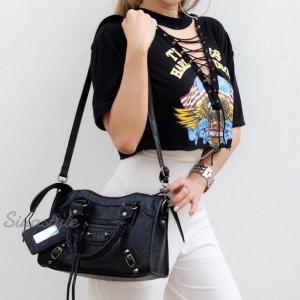 กระเป๋าสะพายแฟชั่น กระเป๋าสะพายข้างผู้หญิง หนังยับ Balencia Lambskin [สีดำ-เงิน ]