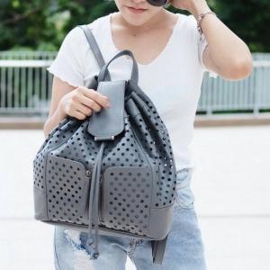 กระเป๋าเป้ผู้หญิง กระเป๋าสะพายหลังแฟชั่น เป้รู [สีเทา]