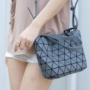 กระเป๋าสะพายแฟชั่น กระเป๋าสะพายข้างผู้หญิง Barel mini Logo [สีเทา ]
