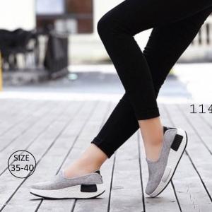 พร้อมส่ง รองเท้าผ้าใบเสริมส้นสีเทา ผ้าแคนวาส พื้นสุขภาพ แฟชั่นเกาหลี [สีเทา ]