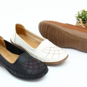 พร้อมส่ง รองเท้าคัชชูเตี้ย A1040-WHI [สีขาว]