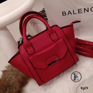 กระเป๋าสะพายแฟชั่น กระเปาสะพายข้างผู้หญิง หนังนิ่มเกรดพรีเมี่ยม Style Chalres & Keith [สีแดง ]