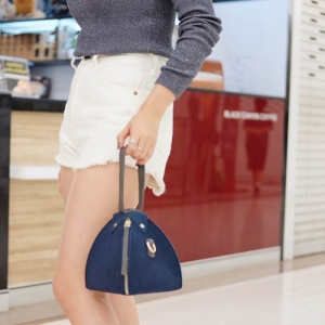 กระเป๋าสะพายแฟชั่น กระเป๋าสะพายข้างผู้หญิง หนังกลับทรงฟักทอง มินิ น่ารัก [สีกรม ]