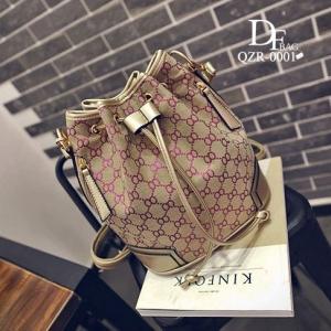 กระเป๋าสะพายหลังแฟชั่น กระเป๋าสะพายไหล่ ทรงขนมจีบแฟชั่น Style Gucci [สีแดง ]