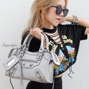 กระเป๋าสะพายแฟชั่น กระเป๋าสะพายข้างผู้หญิง หนังยับ Balencia Lambskin [สีเทา ]