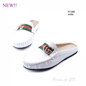 รองเท้าส้นแบนเปิดส้น แบบสวม งานเย็บ แต่งอะไหล่GG [สีขาว ]