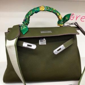 พร้อมส่ง กระเป๋าสะพายข้างผู้หญิง Kelly 32 cm [สีเขียวเข้ม]