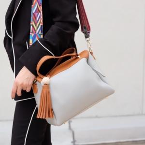 กระเป๋าสะพายแฟชั่น กระเป๋าสะพายข้างผู้หญิง กระเป๋าทรงหมอน [สีเทา]