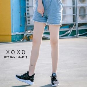 พร้อมส่ง รองเท้าผ้าใบเสริมส้นสีดำ ด้านข้างมี upper ดึงกระชับ แฟชั่นเกาหลี [สีดำ ]