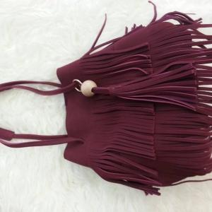 กระเป๋าสะพายแฟชั่น กระเป๋าสะพายข้างผู้หญิง ทรงพู หนังกลับ [สีแดง ]