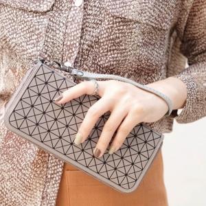 กระเป๋าตัง กระเป๋าเงินผู้หญิง BaoBaoบล็อกเล็ก โลโกสี่ด้าน [สีเทา ]