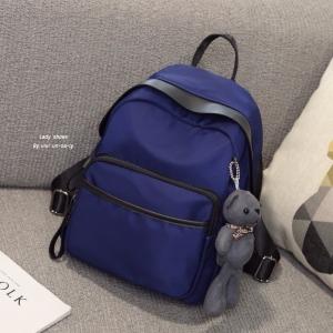 กระเป๋าเป้ผู้หญิง กระเป๋าสะพายข้างแฟชั่น Moschino แถมพวงกุญแจหมี [สีน้ำเงิน ]