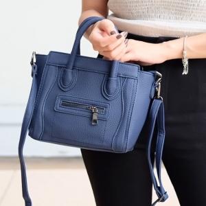 กระเป๋าสะพายแฟชั่น กระเป๋าสะพายข้างผู้หญิง งานซิลิโคน ซีลีนคลาสสิค (CELINE CLASSIC) อะไหล่เงิน [สีกรม ]