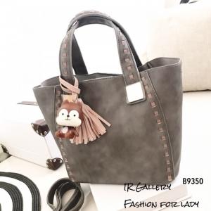 กระเป๋าสะพายแฟชั่น กระเป๋าสะพายข้างผู้หญิง นังนิ่มคุณภาพพรีเมี่ยมงานสวยเหมือนหนังแท้ ดีไซน์สไตล์เกาหลี ไซส์ M [สีเทา ]