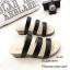 พร้อมส่ง รองเท้าแตะแบบสวม หนังคาด 3 สาย 961-59-ดำ [สีดำ] thumbnail 1
