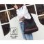 พร้อมส่ง กระเป๋าเป้แฟชั่นนำเข้าทรงเก๋ส์...สไตล์แบรนด์ดัง [สีดำ] thumbnail 3
