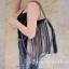 พร้อมส่ง กระเป๋าสะพายข้างผู้หญิง SL style ลายดาว [สีเงิน] thumbnail 4