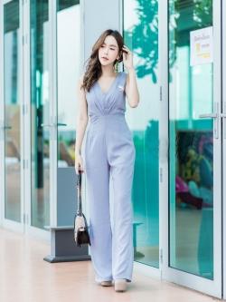JS0031 เสื้อผ้าแฟชั่น เสื้อผ้าเกาหลี ชุดจั๊มสูท จั๊มสูทขายาว จั๊มสูทกางเกง ชุดออกงาน ชุดทำงาน แขนกุด (สีเทาอมฟ้า)