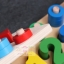 ของเล่นไม้เสริมพัฒนาการ สวมหลัก 10 เเถว + จับคู่ตัวเลข เเละสี thumbnail 4
