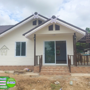 5-028 บ้านน็อคดาวน์หลังใหญ่ - คานปูน - ทรงจั่วมุกซ้อน