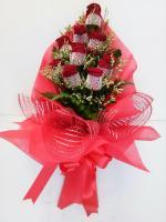 ช่อดอกไม้ กุหลาบแดง 9 ดอก รหัส 1035