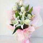 ช่อดอกไม้ ลิลลี่-กุหลาบขาวกลาง รหัส 4726