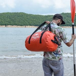 Water Proof Duffle Bag กระเป๋าเดินทางกันน้ำ 60L