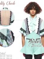 Green Mint Luxurious Beauty Korea Set เซ็ทเสื้อ+กางเกงงานสไตล์แบรนด์ดังค่ะ ตัวเสื้อผ้าchiffonแต่งผ้าลูกไม้สวยเก๋ใส่สบาย ดีเทลแขนบานยาวสามส่วน ช่วงคอแต่งผ้าผูกโบว์น่ารัก มาพร้อมกับกางเกงบานขาสั้นเข้าชุดกัน งานมีซับในอย่างดีนะคะ ใส่ได้หลายโอกาสจร้า งานป้าย2