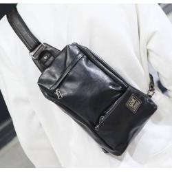 กระเป๋าคาดอก สะพายข้าง กระเป๋ามือถือ เนื้อหนังpu แต่งซิบ2 สีดำ