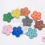 ดอกไม้ทำจากหนัง คละสี 23 มิล (10ชิ้น)