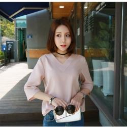 เสื้อแฟชั่นเกาหลี คอวี แขน 4 ส่วน สีชมพู