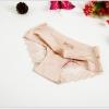 กางเกงในไร้ขอบซีทรูขอบขา สีครีม