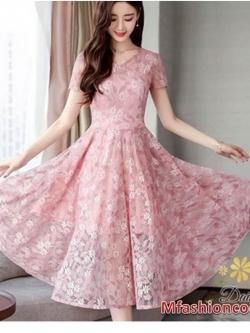 ชุดเดรสแขนสั้นสีชมพูคอวีผ้ายืด หมวดหมู่ เสื้อผ้าแฟชั่นเกาหลี daisy