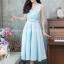 ชุดไปงานแต่งงาน ชุดไปงานแต่งสีฟ้า ผ้าไหมคอวี มีดีเทลที่อกมีเย็บเสริมดันทรงด้านใน ชุดนี้แพทเทิ้ลเป๊ะ คัตติ้งเป๊ะ