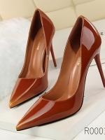 (พร้อมส่ง)รองเท้าคัทชู ส้นสูง แฟชั่น มีไซด์ 38